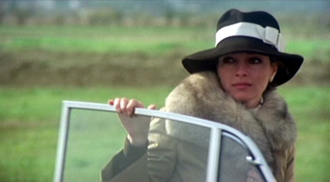Siedem czarnych nut (1977)