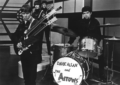 davie_Allan_the_arrows_1967