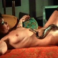 Nudyści, pornografia i pokłony dla Szatana – drogi kinowej eksploatacji mroku i cielesności