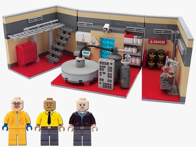 Breaking-Bad-LEGO-Superlab-Playset