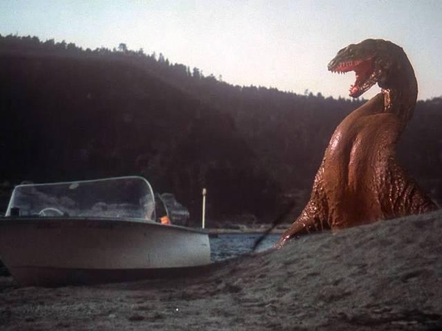 Potwór z Crater Lake (1977)