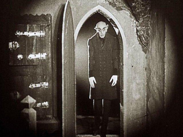 """Z cmentarza w Stahnsdorf ukradziono głowę F.W. Murnau – twórcy """"Nosferatu"""""""