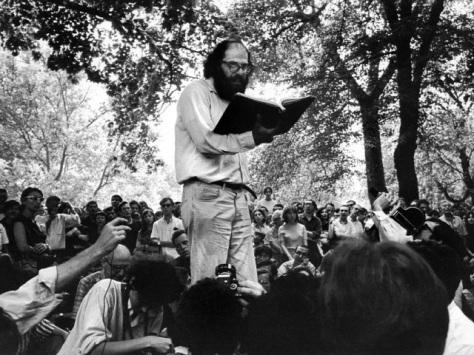 allen_ginsberg_poetry_reading