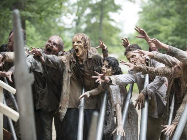 """""""Fear the Walking Dead"""": żywe trupy wciąż rządzą popkulturą!"""