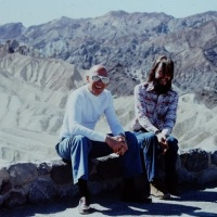 Kwasowy trip Michela Foucaulta w Dolinie Śmierci, który zmienił jego życie!
