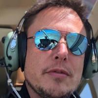 """Elon Musk też nie może przestać słuchać """"Toss a Coin to Your Witcher"""""""